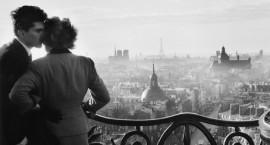 Willy Ronis – Les amoureux de la Bastille – 1957